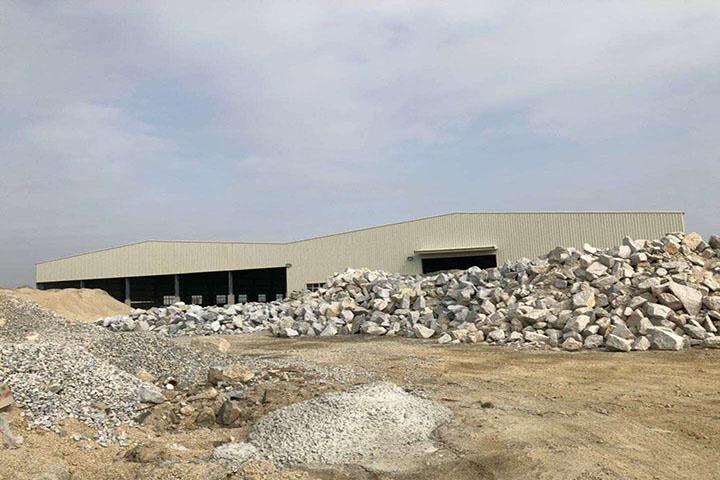 福建时产350-400吨/小时花岗岩破碎制砂生产线